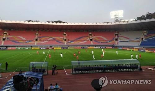 世预赛韩朝对决:上半场韩国0比0战平朝鲜