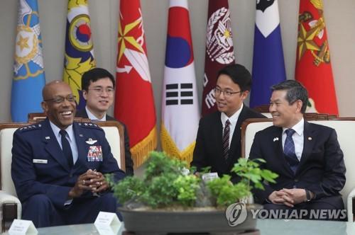 韩防长会见美太平洋空军司令