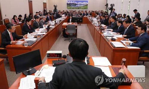 韩国国会批准韩英自贸协定