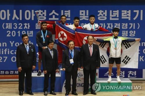韩国夺青年挺举季军