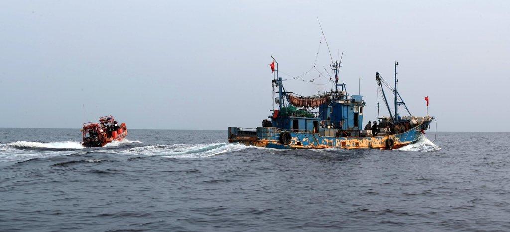 韩国西部海域非法捕捞中国渔船三年翻番