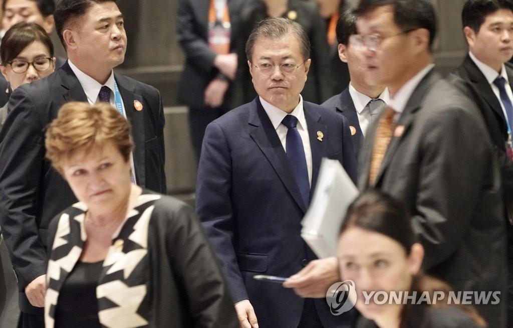 文在寅:支持东亚多边主义为建包容亚洲而尽责