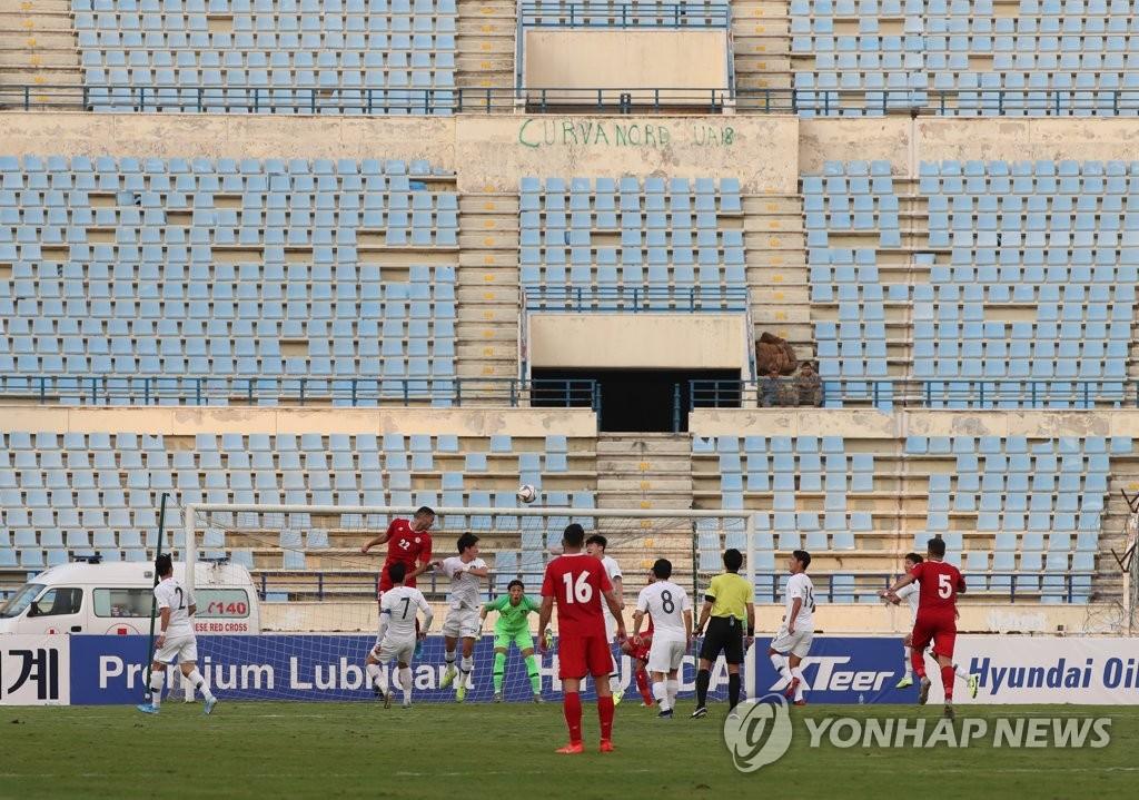 当地时间11月14日,在黎巴嫩贝鲁特体育城体育场,韩国和黎巴嫩进行世预赛亚洲区40强赛H组第五轮比赛。比赛在零观众的情况下进行。 韩联社