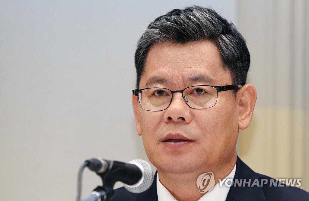 韩统一部长:金刚山景区集装箱房需整修