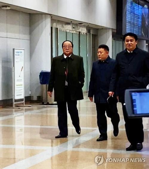 朝鲜对外经济相现身北京机场