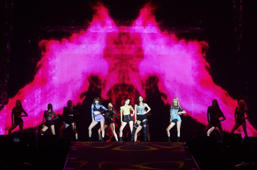 BLACKPINK东京巨蛋演唱会