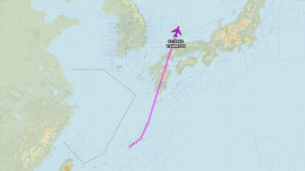 美侦察机飞临韩半岛上空
