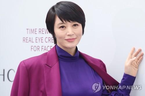 演员金惠秀