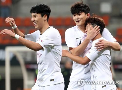 东亚杯韩国男足迎开门红