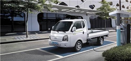 资料图片:现代汽车电动微卡PORTER II EV 现代汽车供图(图片严禁转载复制)