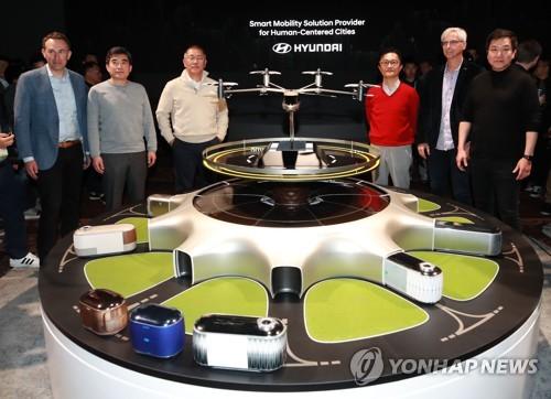 现代汽车携手优步CES首推未来个人飞行器