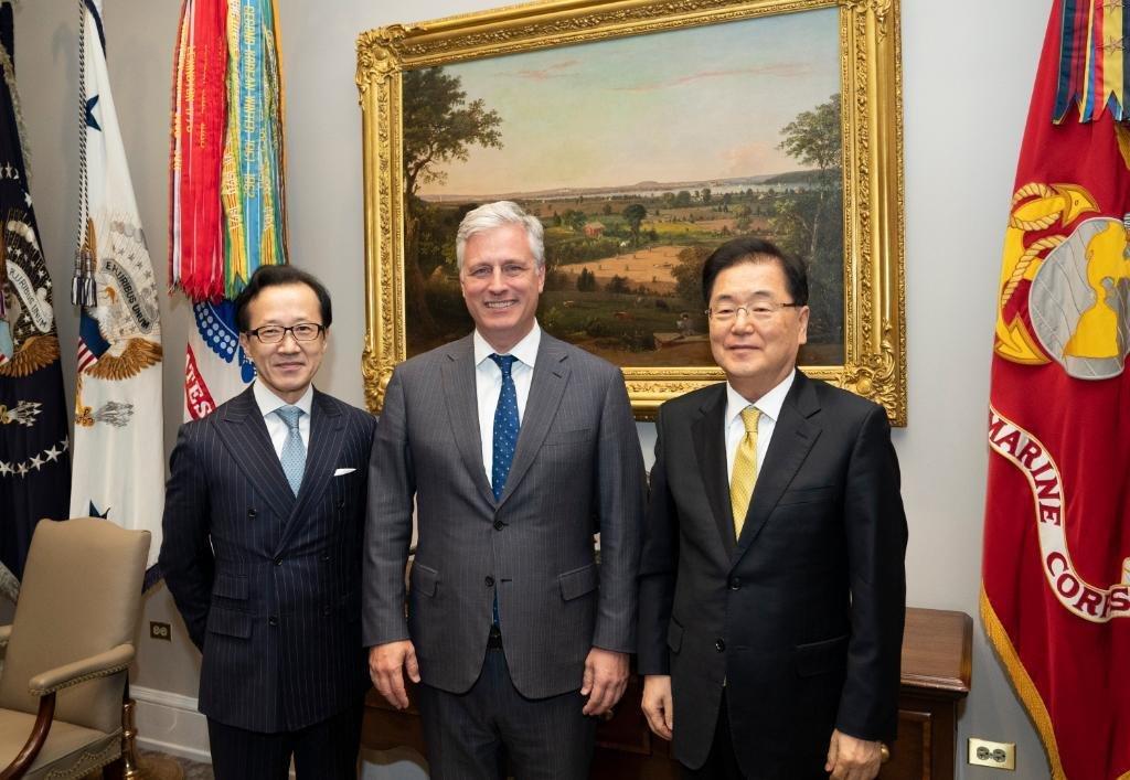 详讯:韩国安首长称已转达特朗普对金正恩生日祝福