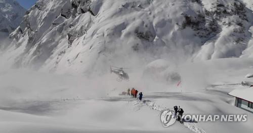 尼泊尔政府:搜救失踪韩国人或耗时20天