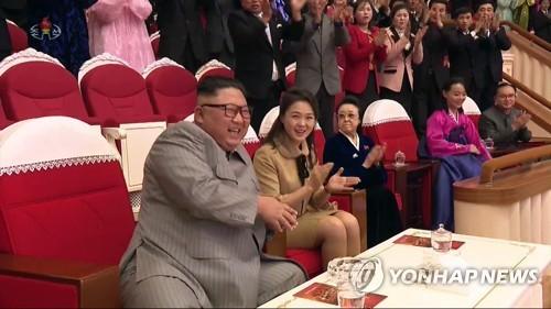 金正恩姑姑时隔6年公开露面