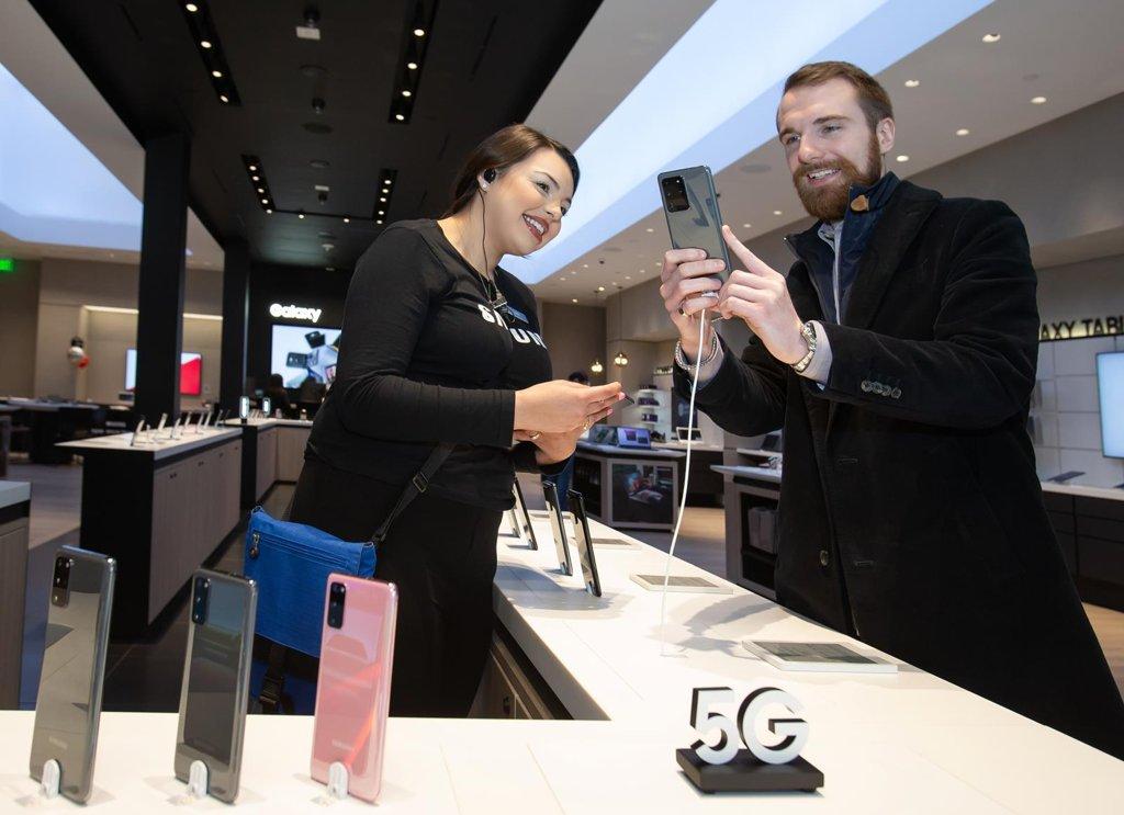 1月全球智能手机出货量因新冠疫情同比减7%
