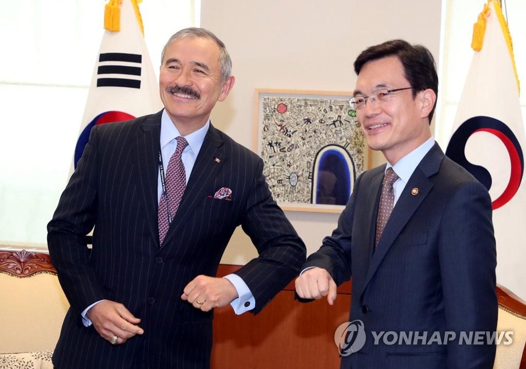 美驻韩大使称韩国防疫措施令人印象深刻