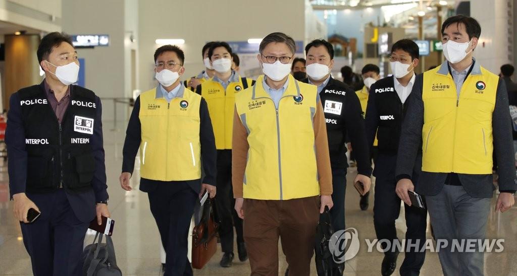 96个国家和地区对韩国采取入境管制措施