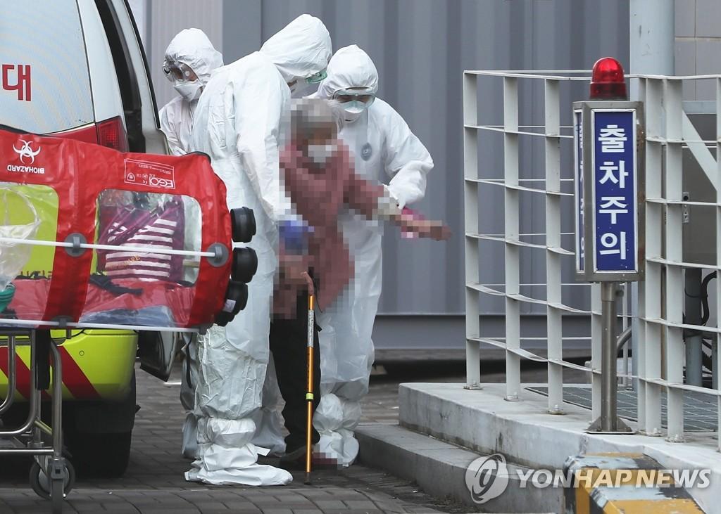 简讯:韩国新增179例新冠确诊病例 累计7313例