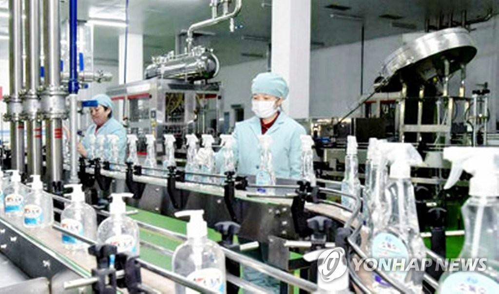 朝鲜集中力量生产口罩等防护用品