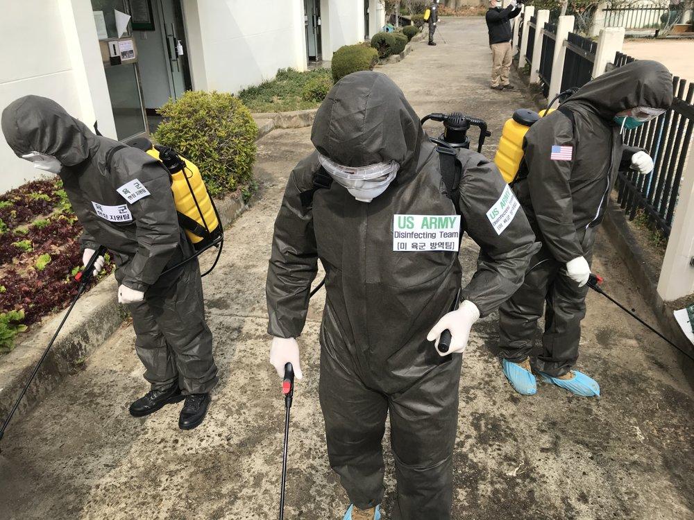 资料图片:韩美陆军合力支援大邱抗疫。韩联社/韩国陆军供图(图片严禁转载复制)
