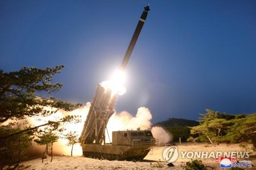 """朝鲜称昨试射""""超大型火箭炮"""""""