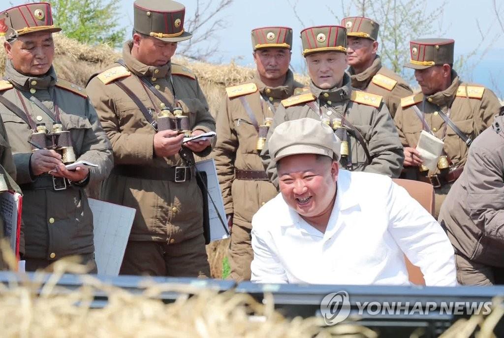 朝鲜迎先军节强调军对党绝对服从