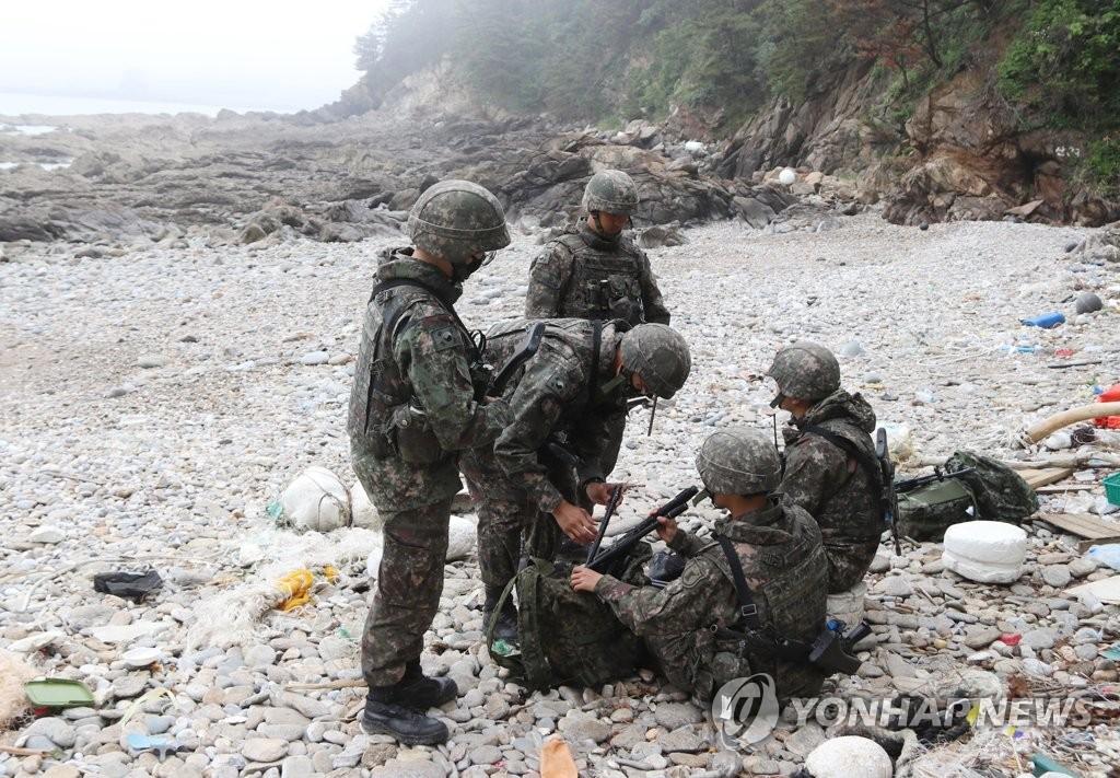 韩海防再现盲区放走偷渡客 军警将加强警戒