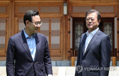 文在寅:韩国常规战斗力远超朝鲜