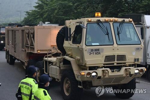 军事设备运入萨德基地