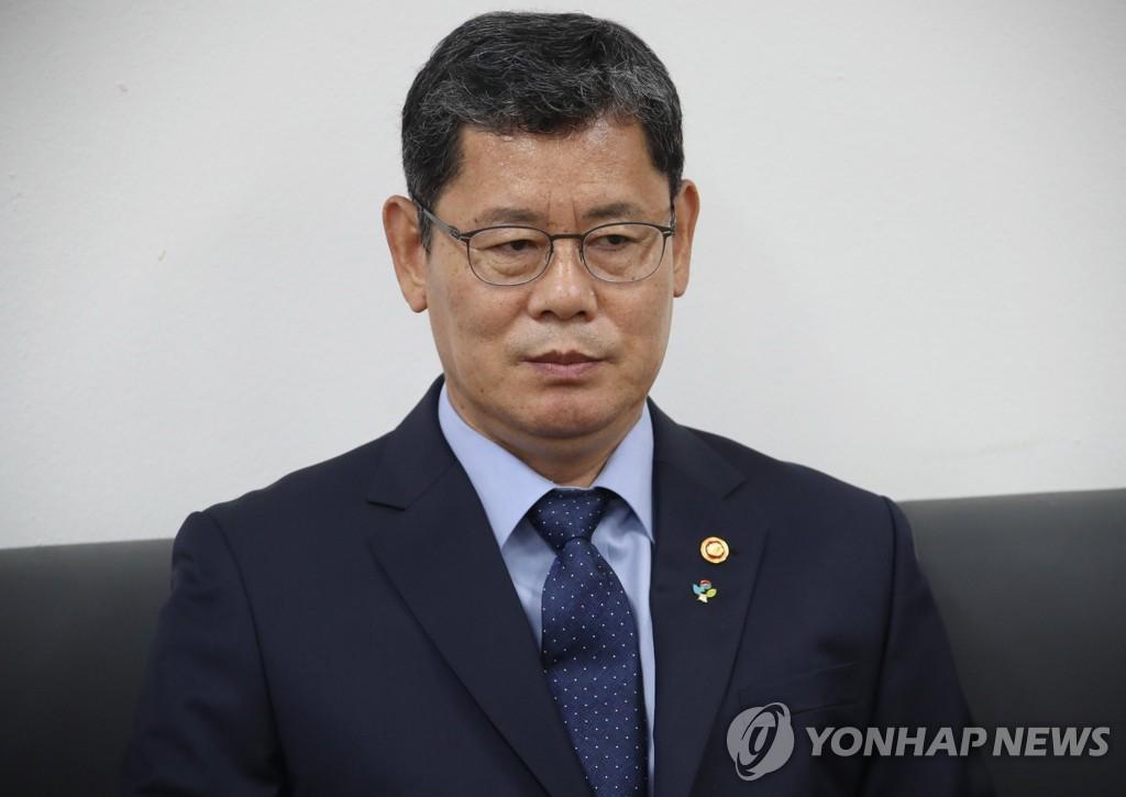 详讯:韩统一部长官就韩朝关系恶化引咎辞职
