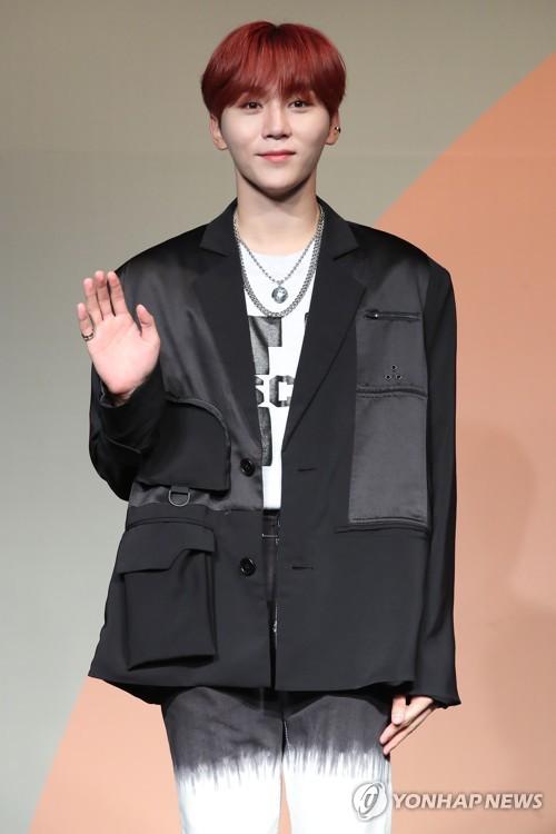 SEVENTEEN成员SeungKwan