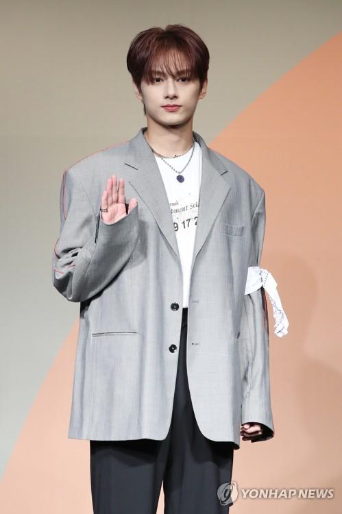 SEVENTEEN成员Jun