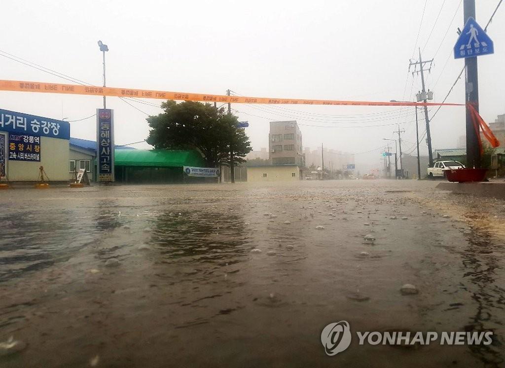 东海岸地区降暴雨