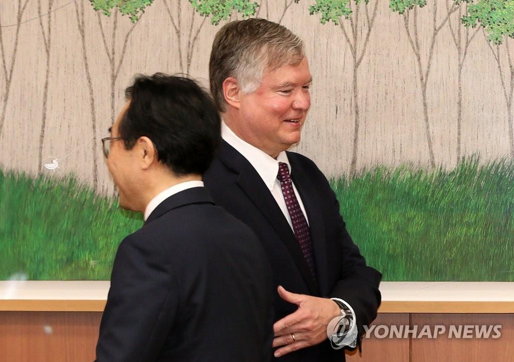 资料图片:7月8日上午,在韩国外交部,比根出席韩美首席对朝代表磋商。 韩联社/摄影记者团供图(图片严禁转载复制)