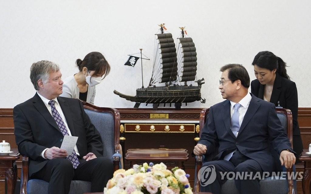 美国副国务卿比根结束访韩启程赴日