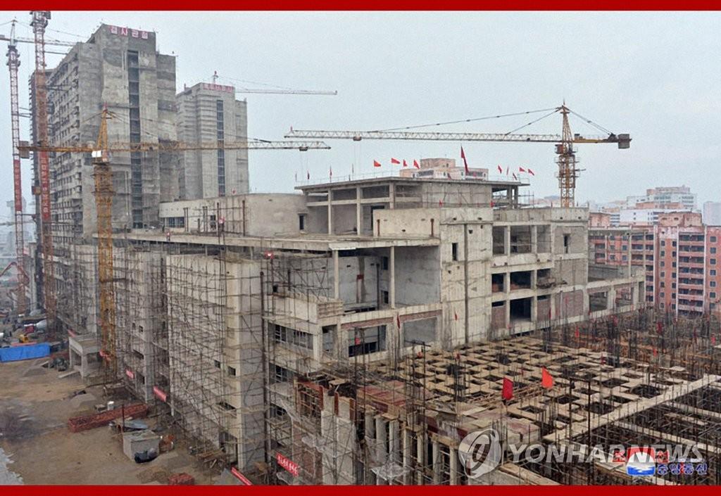 朝鲜多个重点在建工程延期折射灾后重建困境