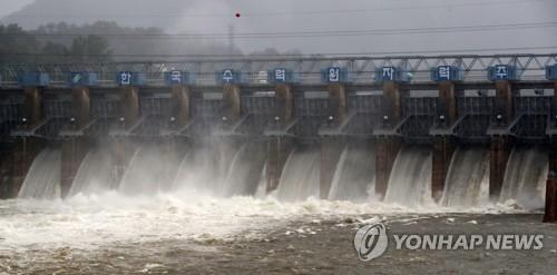 春川坝泄洪