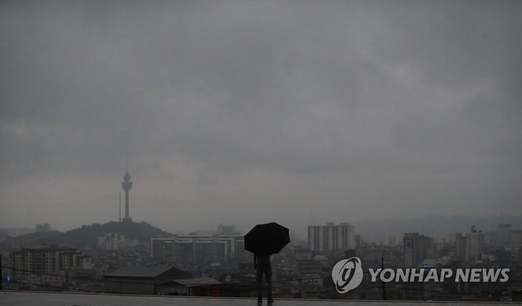 韩国中部地区梅雨季持续49天创新高