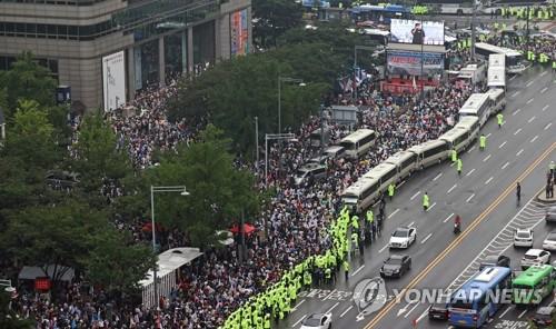 韩政府重申将严惩涉疫情防控违规行为