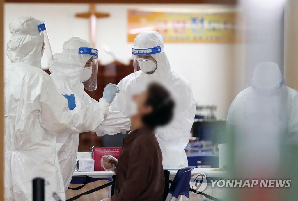首尔市昨新增新冠病例151例创纪录