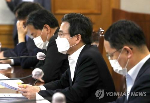 韩政府:疫情或拖累经济复苏 需做长期应对准备