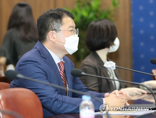 韩美副外长通电话商定保持密切沟通