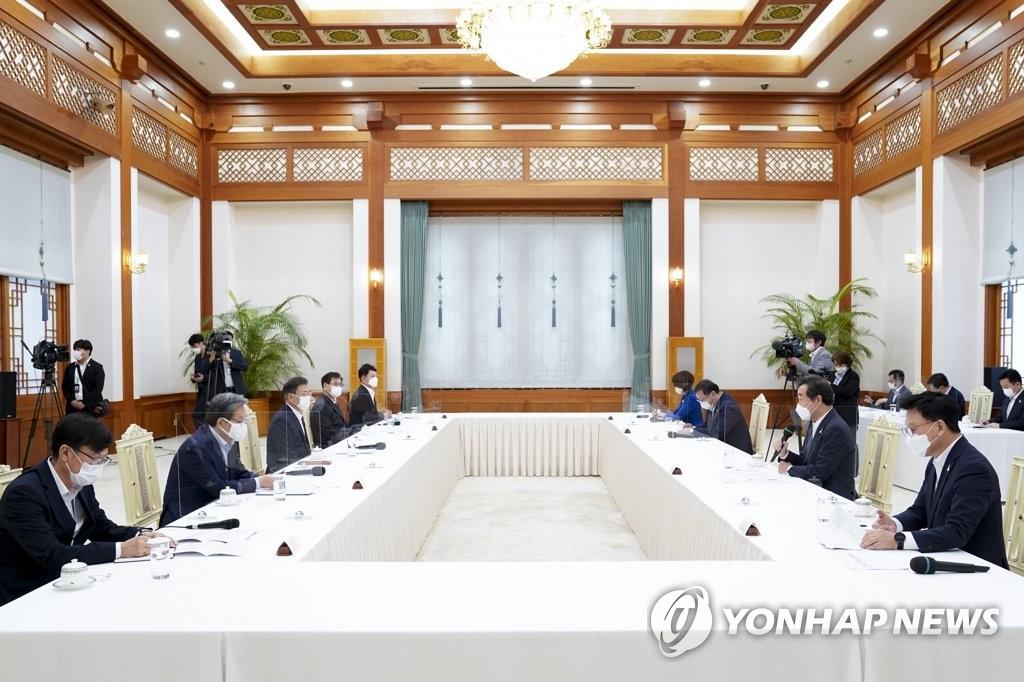 韩党政就发放全民通信补贴达成一致