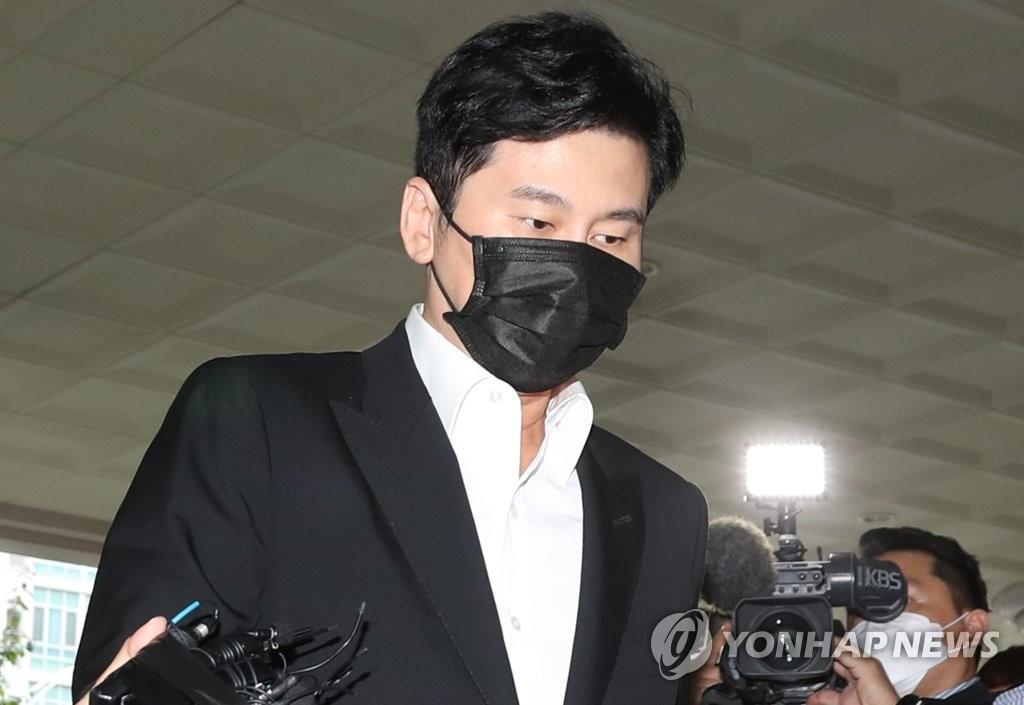 YG娱乐前代表梁铉锡承认境外赌博事实