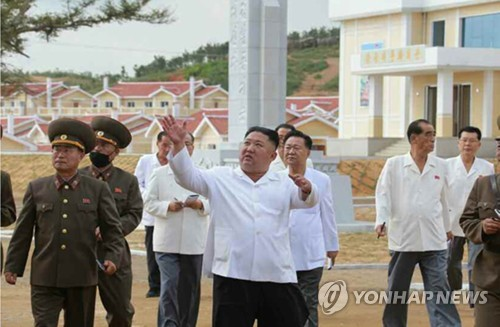 韩统一部:金正恩今年公开活动次数创新低