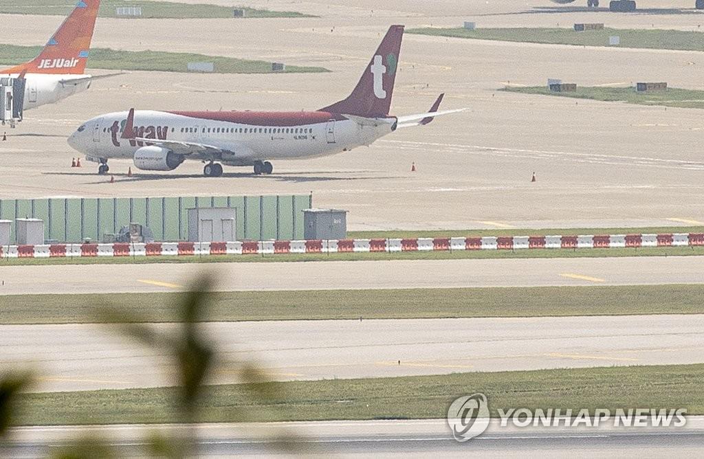 资料图片:德威航空客机 韩联社