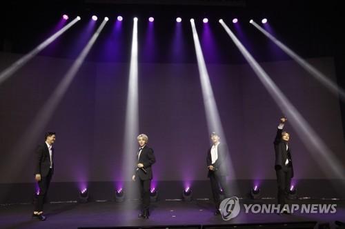 TEEN TOP献唱富川国际漫画节