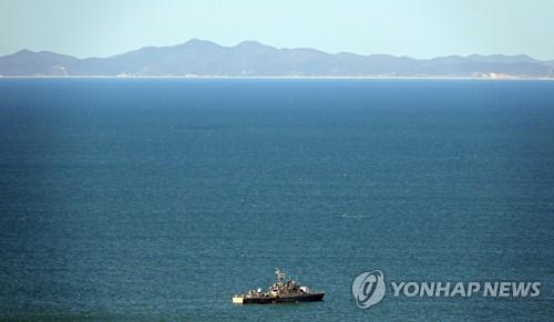 韩海军一舰艇32名官兵感染新冠病毒