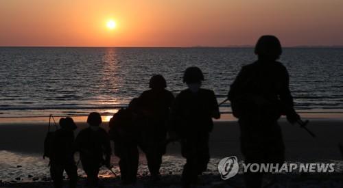 韩政府在公民遭射杀后密切关注朝方动向