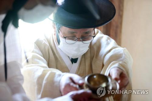 韩专家:韩国秋夕不同于中国中秋